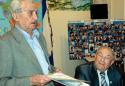 Выступление Марка Олевского на конференции в Иерусалиме  (Общинный дом)                 Справа - ведущий конференции Давид Трибельский
